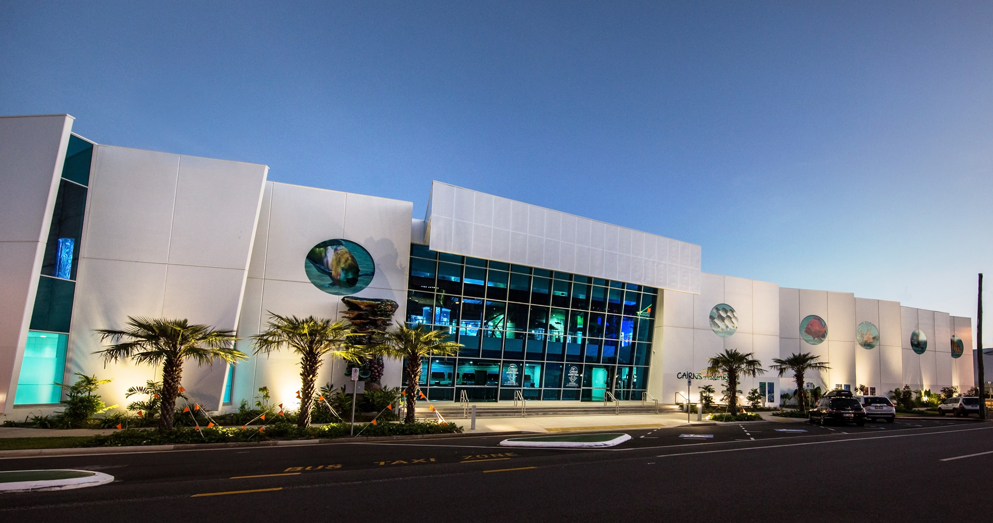 WORLD-CLASS CAIRNS AQUARIUM CLAIMS TOP PRIZE IN 2018 MASTER BUILDERS QLD AWARDS